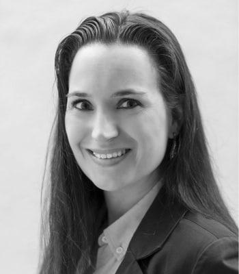 Dr. Yvonne Neuhäusler